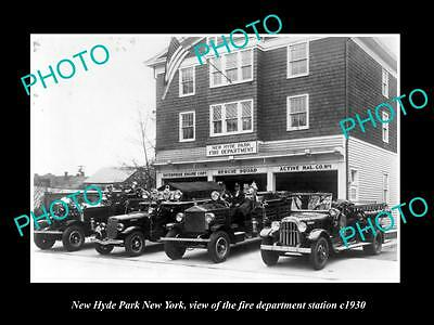 OLD LARGE HISTORIC PHOTO OF NEW HYDE PARK NEW YORK FIRE DEPARTMENT STATION c1930
