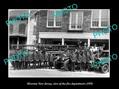 OLD LARGE HISTORIC PHOTO OF RIVERTON NEW JERSEY, THE FIRE DEPARTMENT CREW c1950