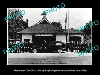 OLD LARGE HISTORIC PHOTO OF GREAT NECK NEW YORK FIRE DEPARTMENT AMBULANCE c1950