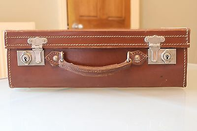 True VINTAGE Quality Brown Dark Tan LEATHER SUITCASE Case SMALL 36X22cm 1940s