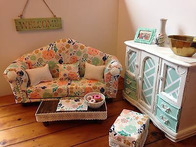 doll furniture/ American girl couch/ living room / table