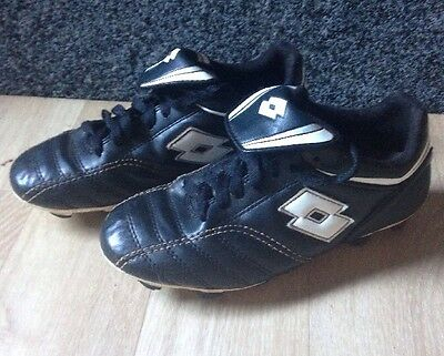 KIDS FOOTBALL BOOTS. Size 3 footy boots. SHOCK OFF. punto Flex