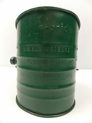 Vintage Brite Pride Hand Flour Sifter 5 Cup Made in USA Painted Green #1403