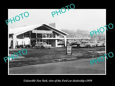 OLD LARGE HISTORIC PHOTO OF UNIONVILLE NEW YORK, THE FORD CAR DEALERSHIP c1959