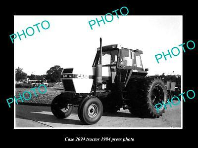 Old Large Historic Photo Of Case 2094 Tractor 1984 Press Photo