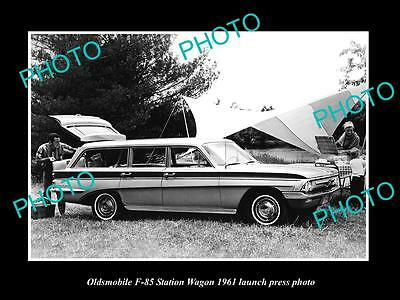Old Large Historic Photo Of Oldsmobile F85 Station Wagon 1961 Launch Press Photo