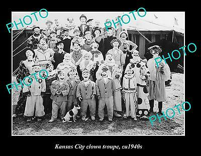 OLD LARGE HISTORIC PHOTO OF KANSAS CITY CIRCUS CLOWN TROUPE c1940s