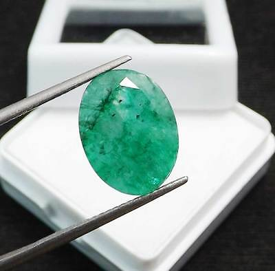 5.45  Ct  Certified Natural Colombia Emerald Oval Shape Gemstone.