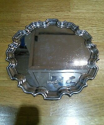 Solid silver salver/plate/tray. R Carr Ltd. 15cm diameter.