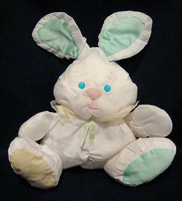 1988 Fisher Price PUFFALUMPS White Bunny Rabbit w/ Green Ears & Rattle #1359