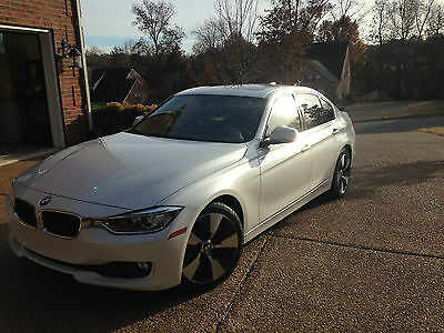 2013 BMW 335 Sedan 2013 BMW 335 Hyb, WARRANTY, NAV, HEAD-UP, COLD WTHR, PREM, LUXURY & TECH Pkgs!