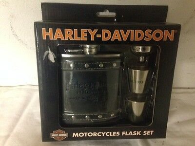 Harley-Davidson Motorcycle Flask Gift Set HDL-18505 NEW IN BOX NOS