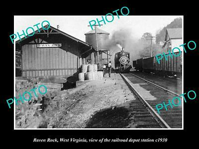 OLD LARGE HISTORIC PHOTO OF RAVEN ROCK WEST VIRGINIA, THE RAILROAD STATION c1930