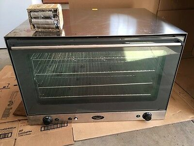 Cadco OV-600 Convection Oven Ventless - Holds 4 full size pans