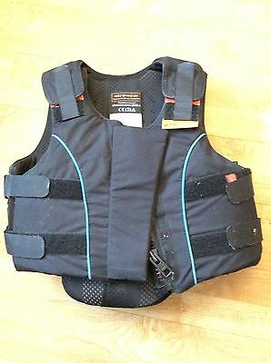 Child's airowear Body Protector Size Y3 Short