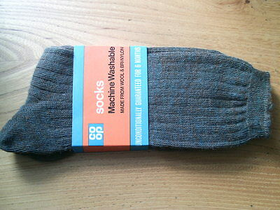 Vintage co-op men's wool and nylon socks size 9 - 2 Pairs