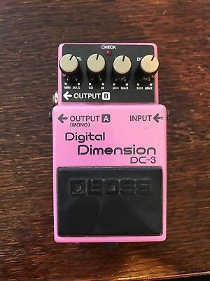 BOSS DC-3 'Digital Dimension' Guitar Effects Pedal