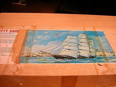"Stering Scale  ""CUTTY SARK"" Wood Ship Model Kit"