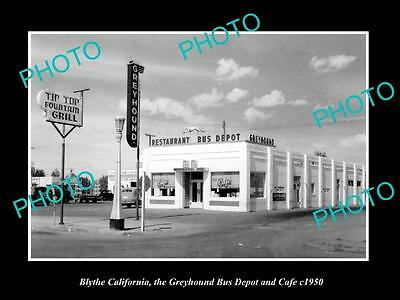 OLD LARGE HISTORIC PHOTO OF BLYTHE CALIFORNIA, THE GREYHOUND BUS DEPOT c1950