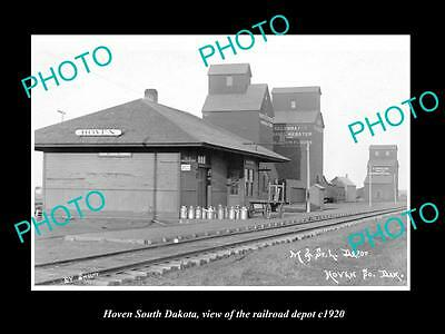 OLD LARGE HISTORIC PHOTO OF HOVEN SOUTH DAKOTA, THE RAILROAD DEPOT c1920