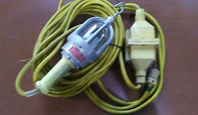 David Woodhead 110V Industrial Hazardous Work Light 60 Ft. Trsfm To 12V