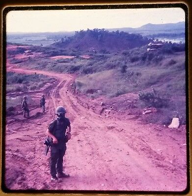 Vietnam Slide - Army GI with 196TH LIGHT INF BRIGADE 23RD INFANTRY DIVISION #6