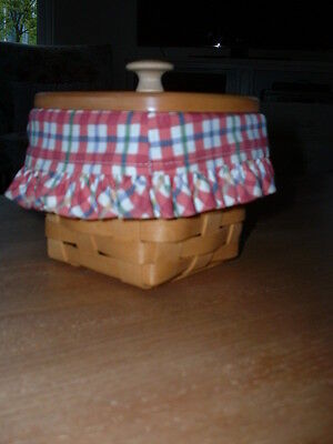 Longaberger Basket with Lid, Plastic Liner and Fabric Liner