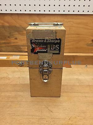 Brown & Sharpe Model 558 Cylindrical Square