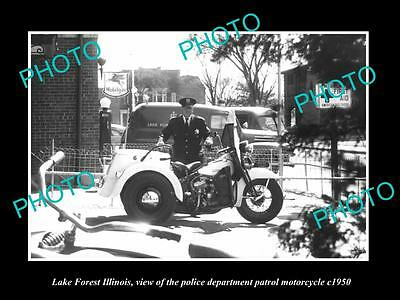 OLD LARGE HISTORIC PHOTO OF LAKE FOREST ILLINOIS, THE POLICE MOTORCYCLE c1950