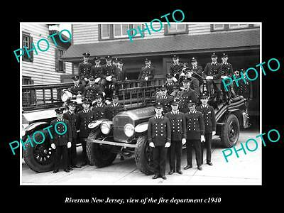 OLD LARGE HISTORIC PHOTO OF RIVERTON NEW JERSEY, THE FIRE DEPARTMENT CREW c1940