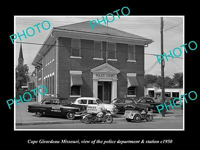 OLD LARGE HISTORIC PHOTO OF CAPE GIRARDEAU MISSOURI, THE POLICE DEPARTMENT c1950