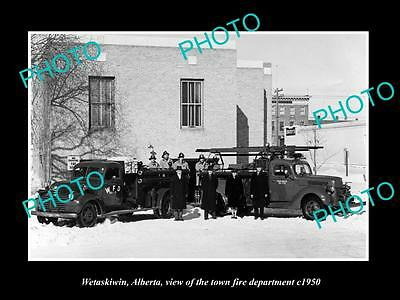 OLD LARGE HISTORIC PHOTO OF WETASKIWIN ALBERTA, THE FIRE DEPARTMENT CREW c1950