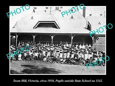 Old Large Historic Photo Of  Swan Hill Victoria, Pupils At The State School 1910