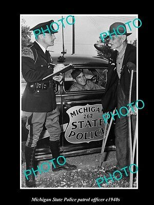 OLD LARGE HISTORIC PHOTO OF MICHIGAN STATE POLICE PATROL OFFICER c1940s