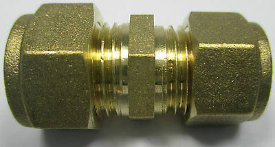 15mm x 16mm Brass Compression Reducer Straight Coupler Coupling Reducing Fitting