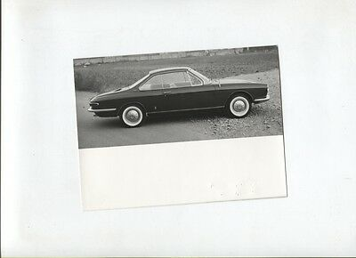 N°9524 / photo d'epoque carrozzeria PININFARINA  chevrolet Corvair coupé 2 posti