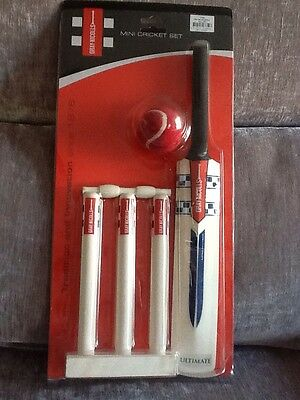 Gray Nicolls Mini Cricket Set New