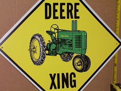 DEERE XING - Diamond Shaped -Shows an OLD GREEN TRACTOR -Looks Unused - ODD SIGN