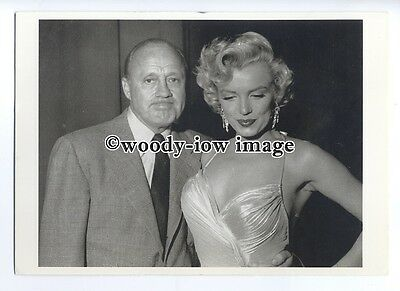 b3651 - Film Actress - Marilyn Monroe with Jack Benny in 1953 - modern postcard
