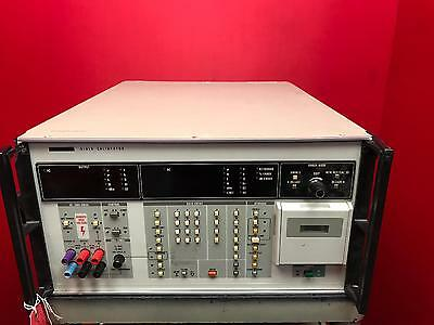 Fluke 5101B Calibrator Being Sold As Is/for Parts S/n 00044