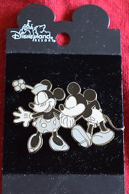 Disneyland MICKEY and MINNIE MOUSE Black & White Pin - Retired Disney Pins