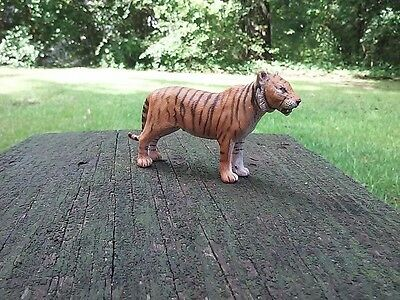 Schleich Bengal Tiger Retired Figurine Wild Animal Figure Toy Standing Position