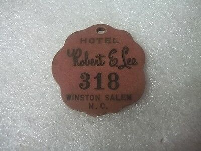 Vintage Advertising Hotel Motel Robert E Lee Winston Salem Nc Key Fob