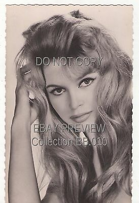 Brigitte Bardot - Carte Postale Photo - Celebrite - Actrice - Chanteuse - N° 227