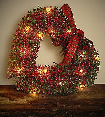 NEW Gardman Pre-Lit Medium Christmas Heart Shaped Berry Wreath