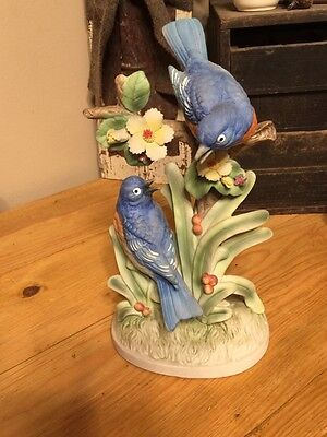 Vintage bluebird figurine hand painted with nice details
