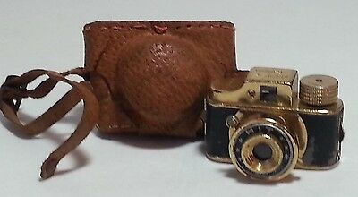 Rare Gold HIT Miniature Spy Camera With Leather Case - Mid Century Classic