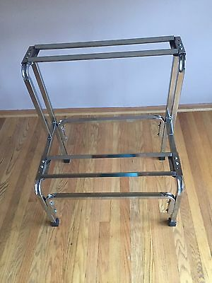 BULK VENDING MACHINE RACK  KD-6 by Oak Mfg