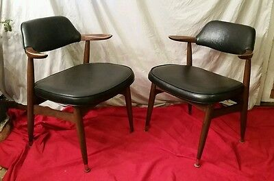Pair Mid Century Modern Walnut Paoli Chairs, 1964, Danish Style