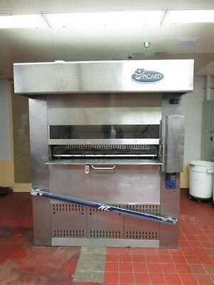 PICARD MT 8-24,  2009,  revolving oven 3 ph, electric used less than 2 years